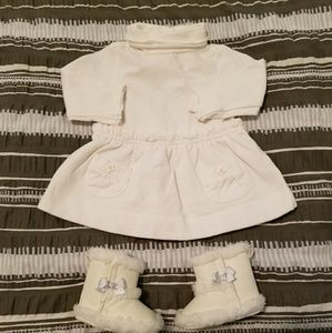 Other - Cream turtleneck dress w/ Boots